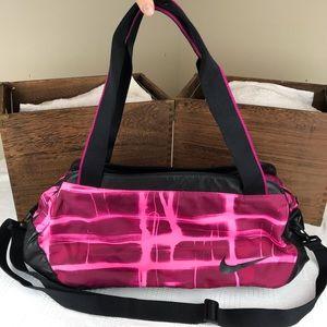 Nike Swoosh Hot Pink Gym Bag W Shoulder Strap